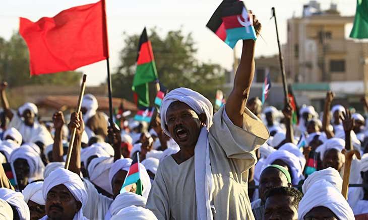 تظاهرات السودان تتسع والبشير يتهم الإعلام بتلقي الدعم من «جهات معادية»