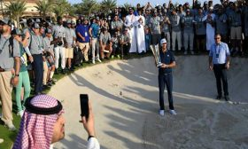"""لاعبو """"الغولف"""" يتعرضون لانتقادات عنيفة بسبب مشاركتهم في بطولة بالسعودية- (تغريدة)"""
