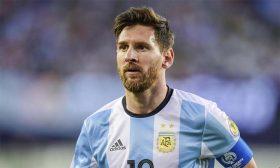 ميسي… بين الأرجنتين وبرشلونة!