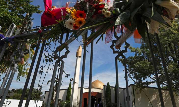 الإرهابي الأسترالي منفذ الهجوم المسلح على مسجدين بنيوزيلندا يمثل نفسه في جلسة النطق بالحكم