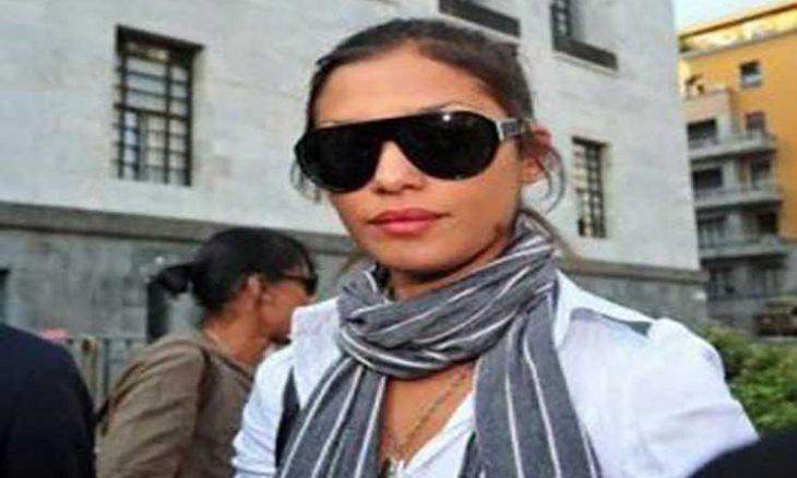 """إيطاليا تحقق في وفاة غامضة لعارضة أزياء مغربية حضرت حفلات برلسكوني """"الجنسية"""""""