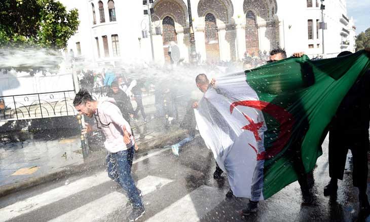 دروس أولية من الثورة الجزائرية… الثورة اليقظة