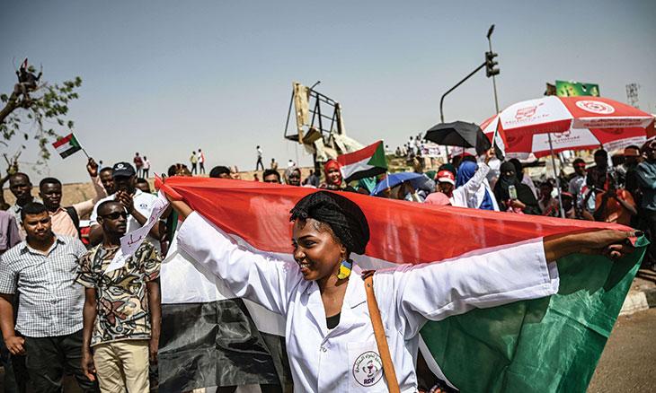 الكنداكات: حضور باذخ في الثورة السودانية منذ بدايتها