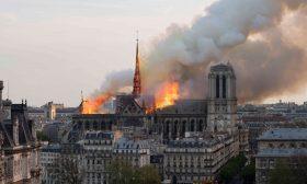 """فيلسوف فرنسي: يصدم متابعيه بتغريدة على """"تويتر"""" عن حريق كاتدرائية نوتردام!"""