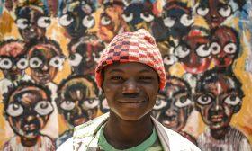 السودانيون يستعينون بالفن للتعبير عن ثورتهم