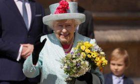 الملكة إليزابيث تحتفل بعيد ميلادها الثالث والتسعين بحضور قداس عيد القيامة