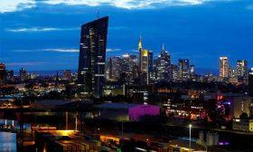 المركزي الأوروبي يتطلع إلى حزمة تحفيز في ظل مؤشرات على نمو أضعف للاقتصاد