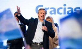 مرشح المعارضة في الأرجنتين يستبعد تخلفها عن سداد ديونها إذا فاز بالرئاسة