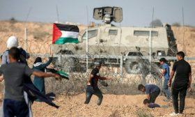 """المعركة المقبلة و""""مسكنات الألم"""": ضبابية الجيش الإسرائيلي أم حقيقة المتظاهرين في غزة؟"""