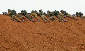تفاصيل مثيرة عن خوف جنود إسرائيليين من الاشتباك مع مقاوم فلسطيني قرب غزة
