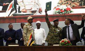 """تركيا تسعى للحفاظ على مصالحها في السودان وتفضل """"التهدئة"""" مع المجلس العسكري"""