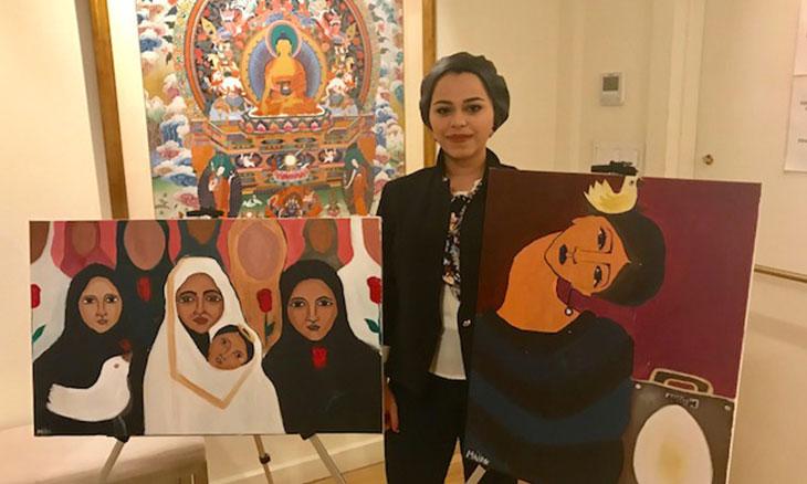 """""""من غزة مع الحب""""… معرض الفنانة ملك مطر في نيويورك وحكاية العيون الحائرة"""