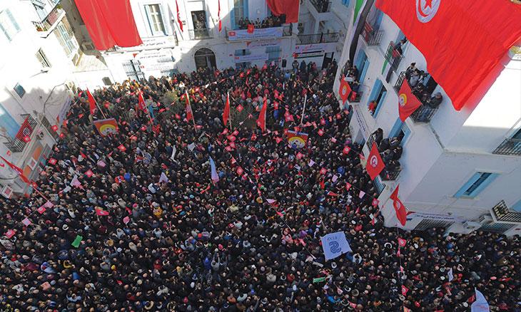 رئيس المعهد العربي لحقوق الإنسان عبد الباسط بن حسن: تونس تعيش وضعا استثنائيا في منطقة ما زالت حقوق الإنسان والديمقراطية تواجه فيها صعوبات جمة