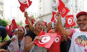 الحملات الرئاسية التونسية: طغيان العنف والتهجم على الخصوم وغياب البرامج