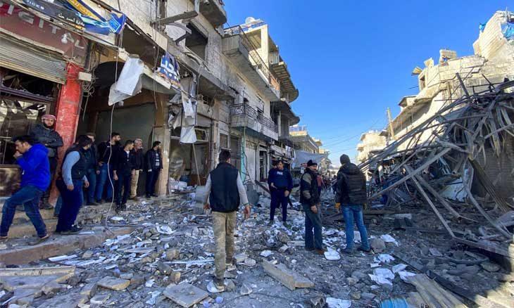 النظام السوري يطالب مدنيي إدلب بمغادرتها وحشود واستعدادات لعملية عسكرية واسعة غربي حلب