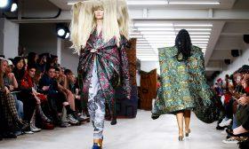 انطلاق أسبوع الموضة في لندن في ظل شبح فيروس كورونا المستجد