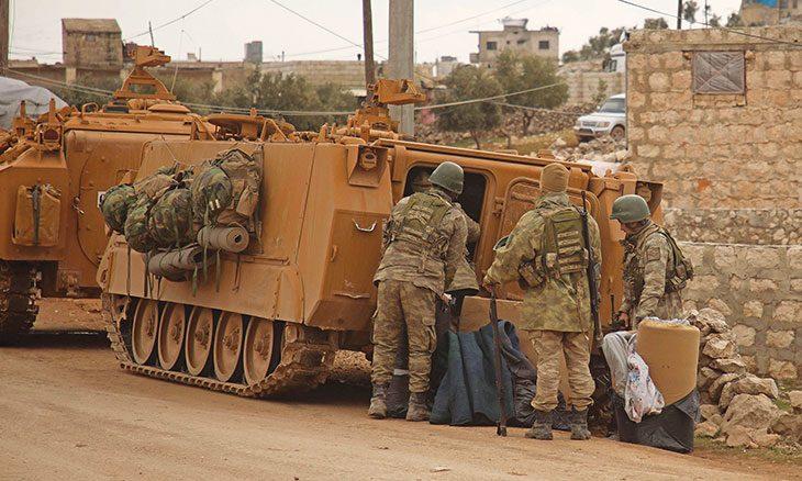 التخلي عن إدلب أو محاربة هيئة تحرير الشام: هل باتت تركيا أمام خيارين لا ثالث لهما؟