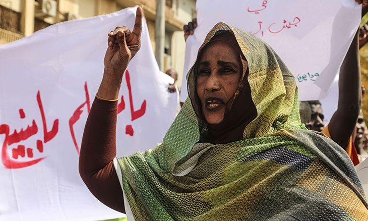 سلام السودان يراوح مكانه بين طموحات القادة المختلفين وتقاطعات القبيلة مع السياسة