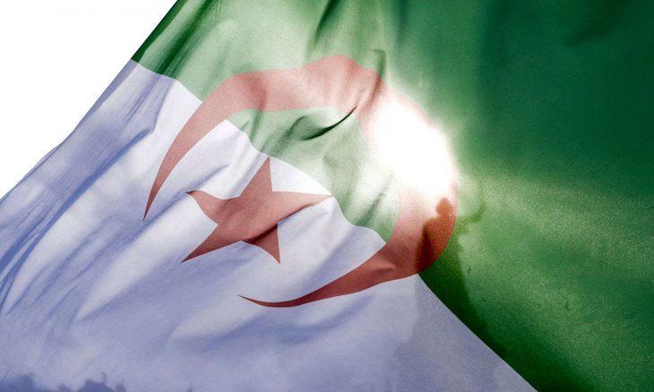 """الجزائر.. مسؤول رياضي يرفض تحدث الفرنسية احتجاجا على """"وثائقي"""""""