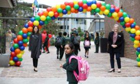 ملايين الأطفال في أستراليا يعودون إلى المدارس