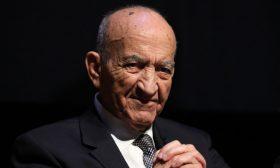 الموت يغيب عبد الرحمن اليوسفي أحد أبرز السياسيين في تاريخ المغرب الراهن
