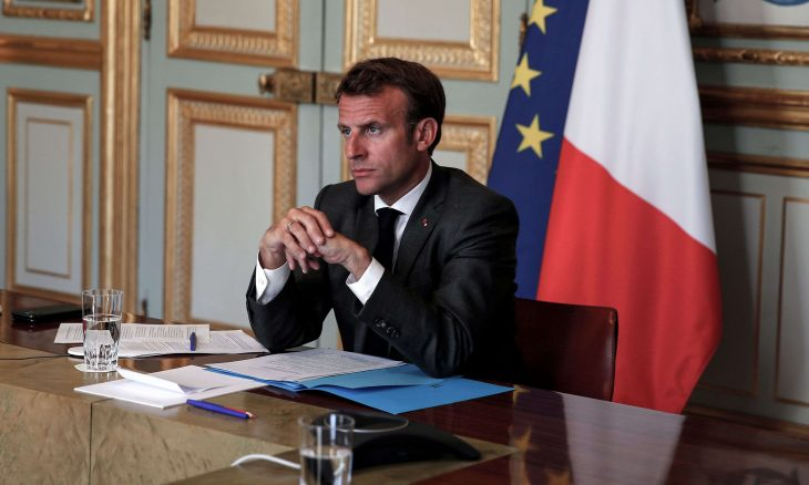الرئيس الفرنسي يتناول الأزمة اللبنانية في مؤتمر صحافي مساء الأحد