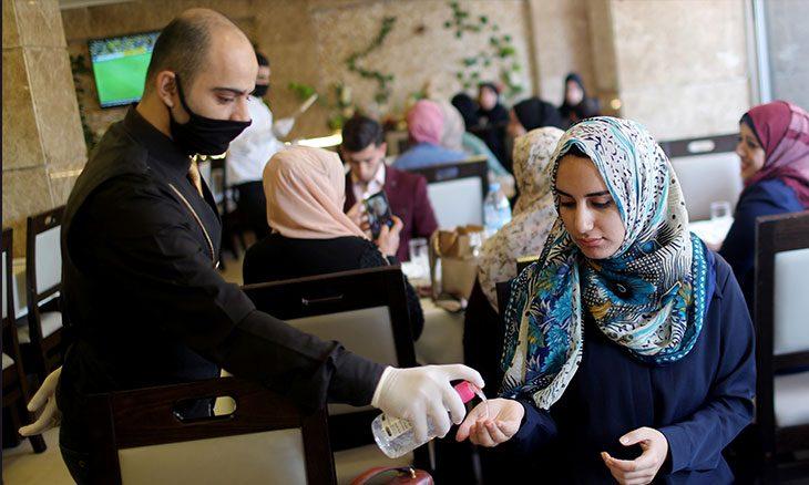فلسطين تتجه لتخفيف قيود كورونا تفادياً لمزيد من الانزلاق الاقتصادي