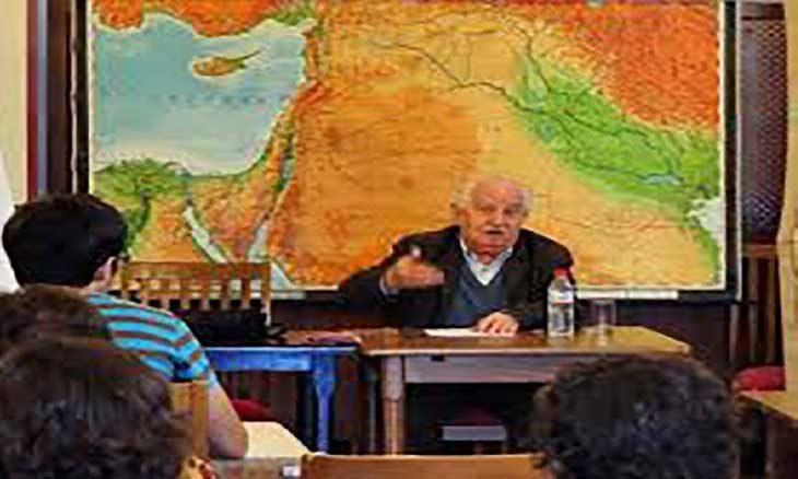 عميد المستعربين الإسبان بيدرو مارتينيث مونتابيث: فقدان الهوية هو الخطر الأكبر الذي يهدد العرب