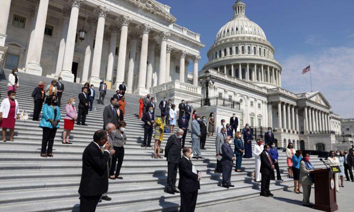 أعضاء بمجلس الشيوخ الأمريكي يسعون لمنع بيع طائرات مسيرة للسعودية