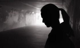 الفقر والعنف وراء تزايد حالات الانتحار في تونس التي امتدت إلى الأطفال