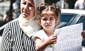 اللاجئون السوريون في أوروبا: بحث عن الاستقرار في النصف الآمن من الكرة الأرضية