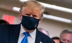 ترامب يضع كمامة أخيرا وتسارع وتيرة الإصابات بكورونا في العالم