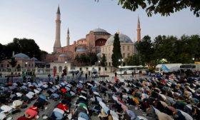 مفتي سلطنة عمان يُهنِّئ أردوغان بعودة آيا صوفيا – (تغريدة)