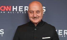 ممثل هندي يعلن إصابة أفراد من عائلته بكورونا