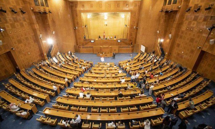 البرلمان التونسي يجدد ثقته في رئيسه راشد الغنّوشي بعد سقوط لائحة سحب الثقة منه ـ (فيديوهات وصور)