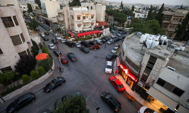 نقل 388 شخصا إلى المستشفى إثر إصابتهم بالتسمم بعد تناول وجبات جاهزة في الأردن