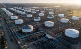 """""""ماراثون بتروليوم"""" تغلق اثنتين من مصافي النفط وسط تصاعد إصابات كورونا"""