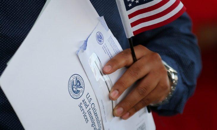 """الولايات المتحدة بصدد مراجعة برنامج """"الحالمين"""" وترفض طلبات الهجرة الجديدة"""