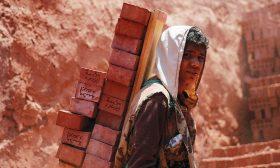 مصر: الفيروس القاتل مفتاح البسطاء للهروب من الفقر