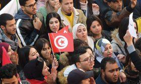 الباحث التونسي في تحليل الخطاب حاتم عبيد:الديمقراطيّة هي المكسب الذي جنيناه من الثورة بعد أن ضاعت في خضمّ الخصومات مكاسب أخرى