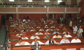 موريتانيا على أبواب تعيين حكومة جديدة وإقالة جميع المشمولين بتحقيق البرلمان