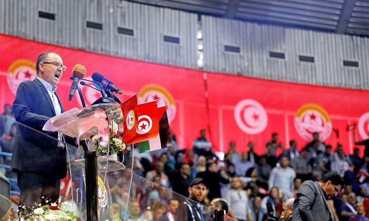 اتحاد الشغل التونسي يطالب بحكومة كفاءات مصغرة… ونواب يدعون لحوار وطني حول تغيير نظام الحكم والمنوال التنموي