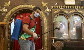 كورونا في مصر: الكنائس تفتح أبوابها أمام المصلين والأوقاف تدرس عودة صلاة الجمعة