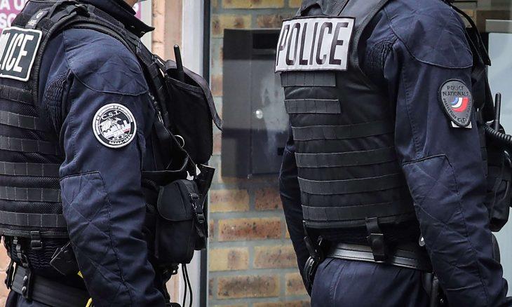 الشرطة الفرنسية: مهاجم يحتجز رهائن في لو هافر- (فيديو)