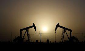 """النفط يعود للارتفاع متجاهلا زيادة إمدادات """"أوبك+"""""""