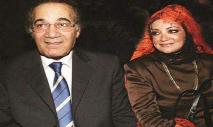 زوجة الفنان محمود ياسين تنفي وفاته وتهدد بمقاضاة مروجي الشائعات فيديو القدس العربي