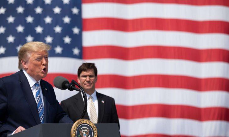 """في تناقض مع تصريحات ترامب.. وزير الدفاع الأمريكي يرجح أن يكون انفجار بيروت """"حادثا"""""""