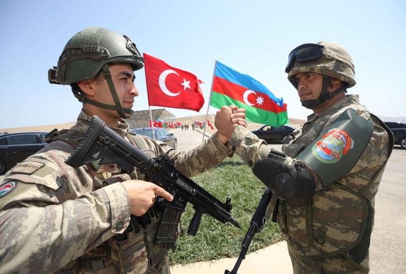 هل يتدخل الجيش التركي بشكل مباشر إلى جانب أذربيحان في صراعها مع أرمينيا؟