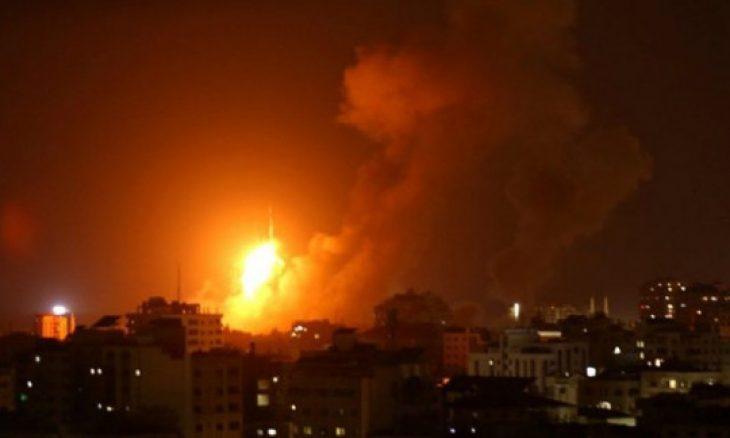 طيران الاحتلال الإسرائيلي يقصف أهدافاً وسط وجنوب قطاع غزة
