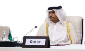 وزير الخارجية القطري يجتمع مع مسؤولين من طالبان لدفع الحوار الأفغاني